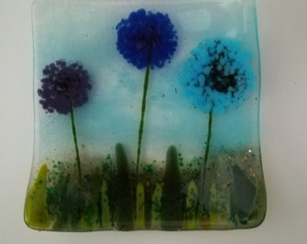 16cm Square curved dish with flower design