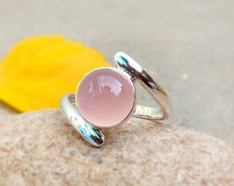 Natural Healing Crystal Gemstone Ring Rose Quartz Ring sterling silver Quartz jewelry Womens jewelry Rose quartz ring Gemstone stacking ring