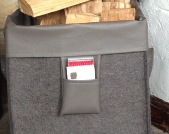 Storage basket made of grey-brown wool felt with inner pocket, on Wheels, Shape: geSCHEITle... square