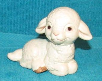 Vintage Goebel Lamb Figurine 62152 New Old Stock 3 inches