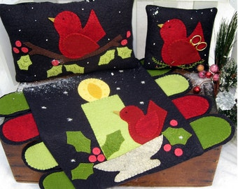 Merry Little Redbirds Woolfelt Penny Rug Pattern by Cleo and Me