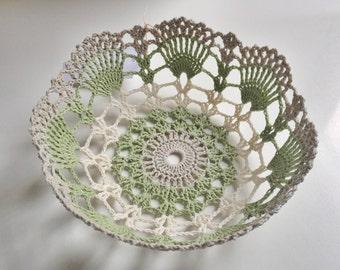Green & Grey crochet bowl