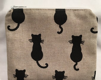 Cat coin purse, zip pouch, zipper pouch, change pouch, change purse, animal purse, gift for a cat lover, birthday gift, fabric purse, spots