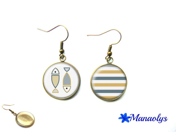Fish, marine style striped 3328 glass cabochons earrings