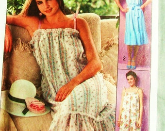 Pattern Simplicity Jiffy 8512 small Miss pull over Sundress all pieces but never cut out easy to sew