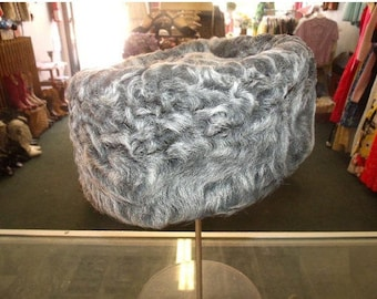 Romantic 40s 50s Marble Grey Curly Lamb Tilt/Pillbox style Hat with Equestrian lining