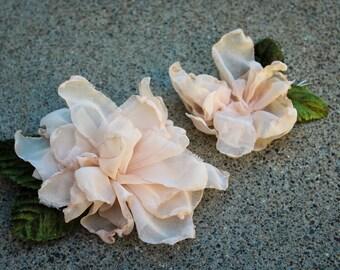 Wedding Hair Flower Wedding Hair Pins Champagne Ivory Flower Hair Comb Bridal Hair Flower Hair Accessories Blush Hair Clip Rustic Hair Piece