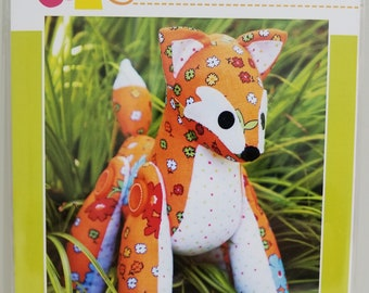 Melly and Me FEATHER Fox new craft pattern #MM129
