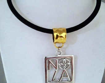 New Orleans Symbol Necklace (Gold Bail)
