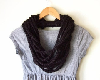 Black Chain Scarf .. Crochet Scarves .. Black Scarf Necklace .. Black Circle Scarf .. Eternity Scarf .. Indie Scarves for Women
