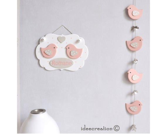 cadre pr nom b b d co oiseaux roses et guirlande pour. Black Bedroom Furniture Sets. Home Design Ideas
