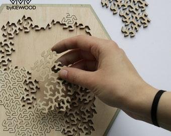 Fractal puzzle, jigsaw, game, lasercut, plywood