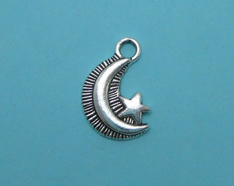8 Moon Charms Silver Tone Metal (H8043)