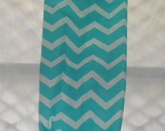Turquoise Chevron Design Plastic Grocery Bag Holder