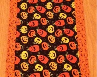 Halloween Jack O'Lantern Table Runner