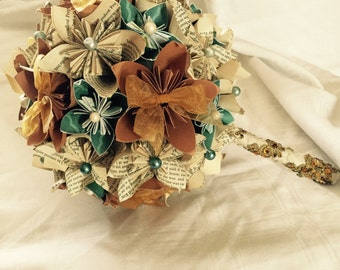 Paper flower wedding bouquet. Made from vintage book pages. Kusudama flowers
