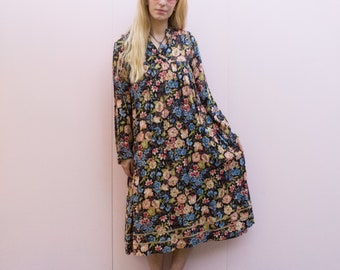 Vintage Floral Long Sleeve Maxi Dress