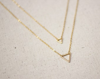Gold Triangle Necklace / Double Triangle Geometric Necklace / Dainty Layered Jewelry / Gold Triangle Necklace / Gold Layering Necklaces