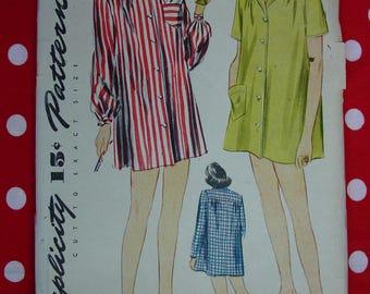 Vintage Pattern c.1944 Simplicity No.1300 Short Sleeper, Pajamas, Size 12