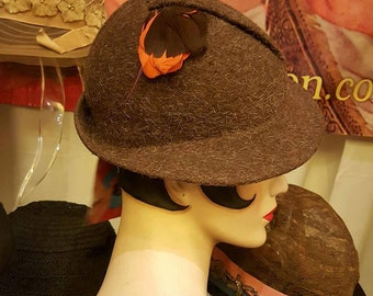 1930's to Early 1940's Brown Wool Tilt Hat Excellent