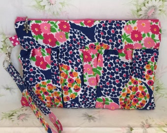 Vintage fabric gathered clutch, handbag, zipper pouch, wristlet, ecofriendly bag, upcycled clutch
