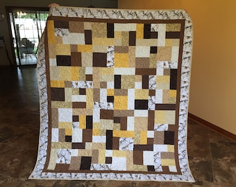 Realtree White Camouflage Throw/Lap Quilt