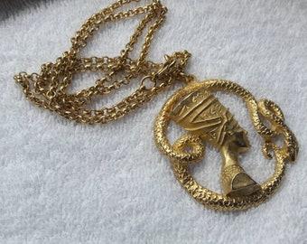 Big cleopatra asp nscklace