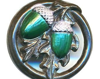 Button--Very Nice Vintage Medium Plastic Green Acorns in Circle