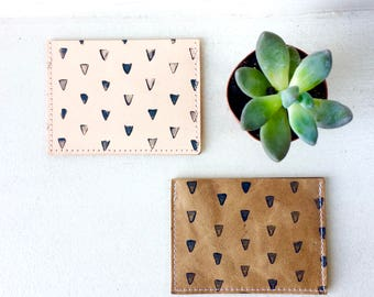 LEATHER Card wallet triangle pattern natural and camel. Credit Card Case. Leather Wallet. Card Holder. Leather Business Card Holder