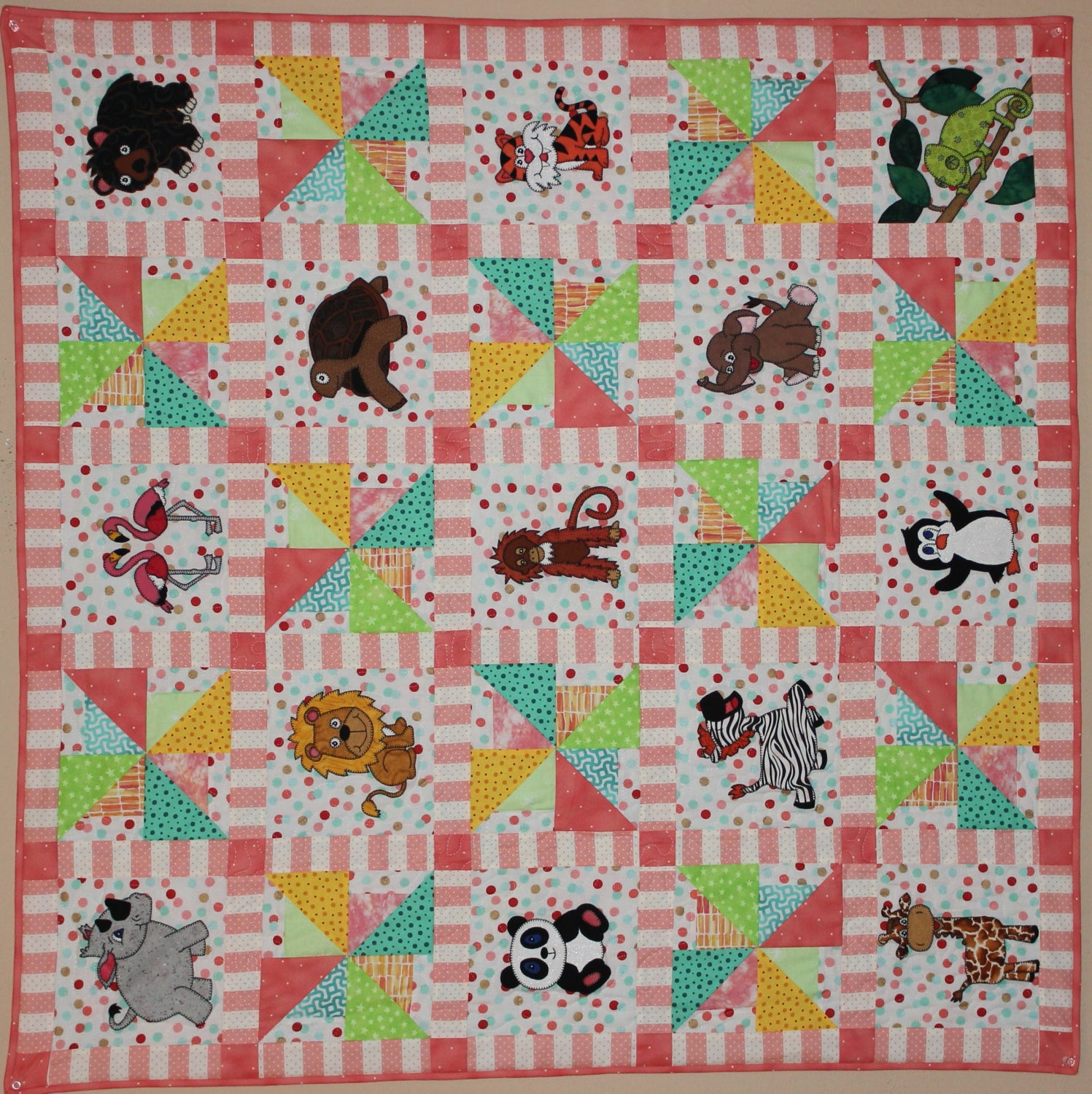 Zoo animal applique PDF baby quilt pattern easy pieced