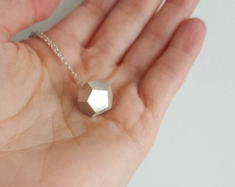 925 Sterling Silver solid Geometric Necklace - Silver Minimalist necklace - Geometric pendant necklace - Dodecahedron necklace