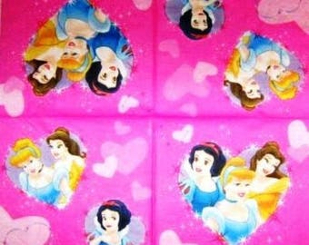 Disney Princesses NAPKIN #E004 hearts