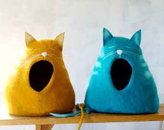 "Cat Bed Cat House Cat Cave Felted Cat Bed - ""Sleepy cat"" Cat lover gift by Indre Naujokiene"