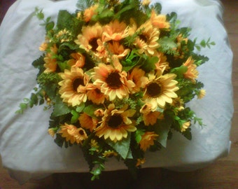 14 inch tribute sunflower wreath