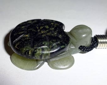 1pc Grossularite Carved Turtle Natural Crystal Healing Gemstone Pendant with Bail & Necklace