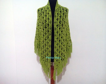 Oversized Green crochet shawl, triangular shawl, summer shawl,cotton shawl,handmade shawl,triangle lacy scarf, lacy shawl with fringe, #etsy