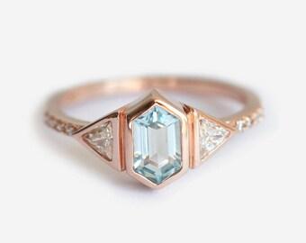 Gold Engagement Ring, Three Stone Engagement Ring, Diamond Aquamarine Ring, Aquamarine Engagement Ring, Blue Engagement Ring, Gold Blue Ring