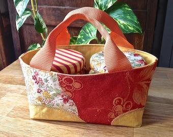 100 small basket, display for two jars of jam.