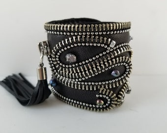 Pearls Leather Cuff