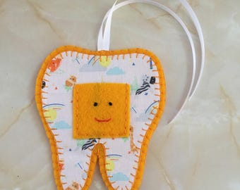 Tooth Fairy Hanger, zoo animal  tooth fairy hanger,