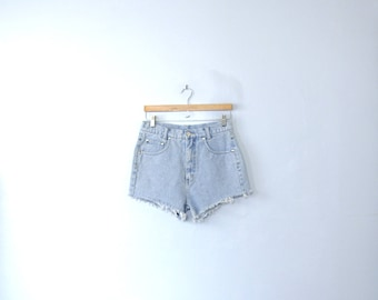 Vintage 80's high waisted shorts, cut off denim shorts, size 8 / 10