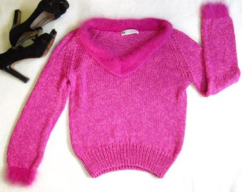 1980s Vintage 80s Chunky Knit HOT PINK Angora Trim Pin Up Sweater Size Small