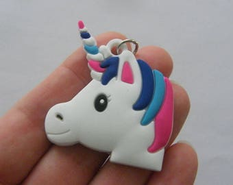 2 Unicorn pendants rubber A745