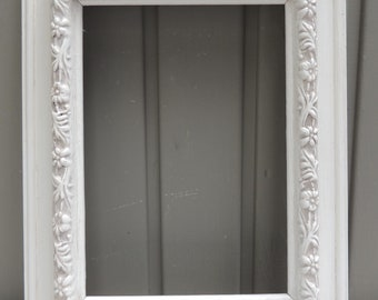 White Picture Frames, 5x7 Wood Frame with Glass and Easel Back, 5 x 7 White Floral Frame, Shabby Chic Cottage Frame, White Wedding Frame