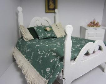 Miniature Dollhouse Bedding Set