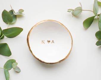 Wedding Ring Dish / Jewelry Dish / Bridesmaids Gift / Wedding Gift / Engagement Gift / Gift for Her / Gift for Mom / Personalized Ring