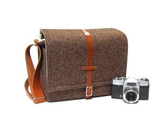 Camera + tablet messenger bag - brown tweed
