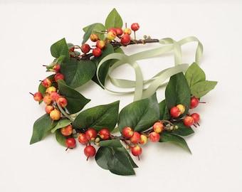 Green Leaf and Berry Crown, Woodland Headpiece, Rustic Hair Piece, Christmas Headband, Greenery Halo, Holiday Wedding, Branch Head Wreath