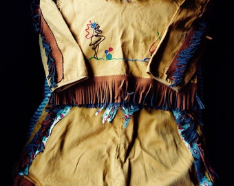 VINTAGE GIRL COSTUME, cowgirl, indian, fringe, halloween, prop, mid  century, faux beads, Wall of Texas