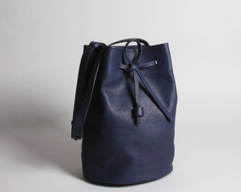 Bucket Bag Otame navy